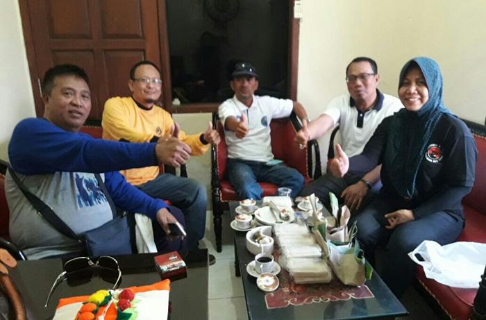 5 Petinggi Partai Desak DPRD Gresik Usut Lawatan Bupati dan 119 Pejabatnya ke Malaysia