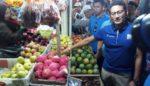Sandiaga Uno Kunjungi Pasar Besar Malang, Beli Tempe Rp 100 Ribu
