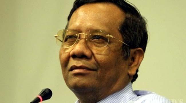 Mahfud MD Imbau Masyarakat Kritisi Debat Capres