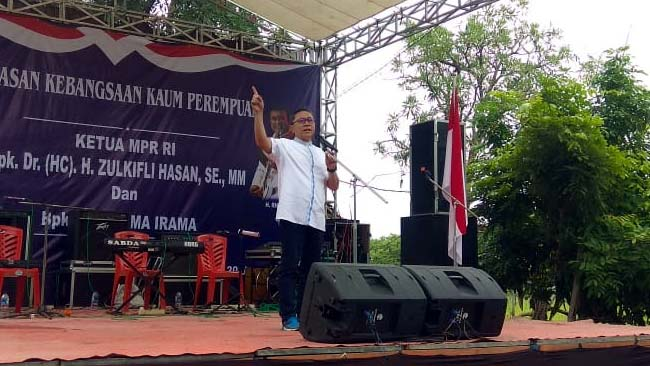 Zulkifli Hasan Berharap Emak-emak Jadi Pelopor Pemilih Berkualitas
