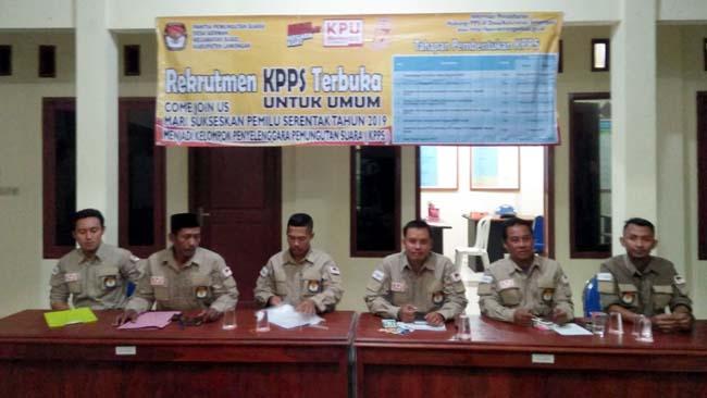 Hari Pertama Pendaftaran, Kuota KPPS di Lamongan Hampir Terpenuhi