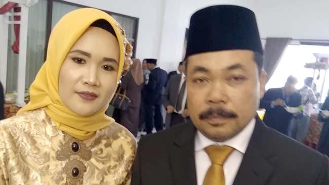 Sudarman S.Pd Anggota DPRD Kabupaten Malang Bersama Nina Susanti. (tim)